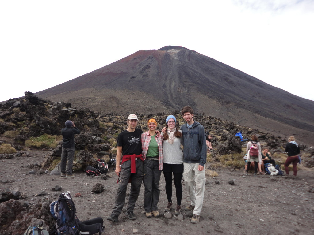 Hiking with Marielle, Rainer and Karin (and a ton of other tourists) next to Mt. Ngauruhoe, known as Mt. Doom from Lord of the Rings