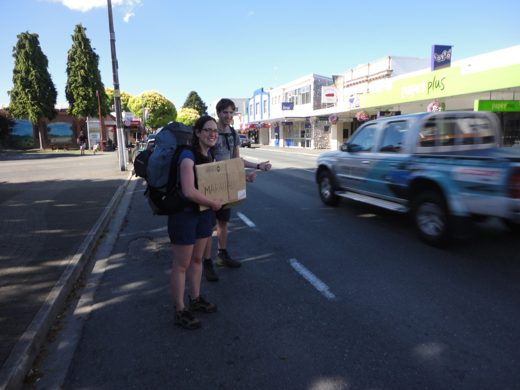 Hitchhiking to Marahau, the beginning of the Able Tasman Track